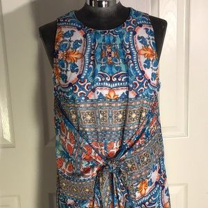 Casual dress bright colors, tie at waist. Size 2.